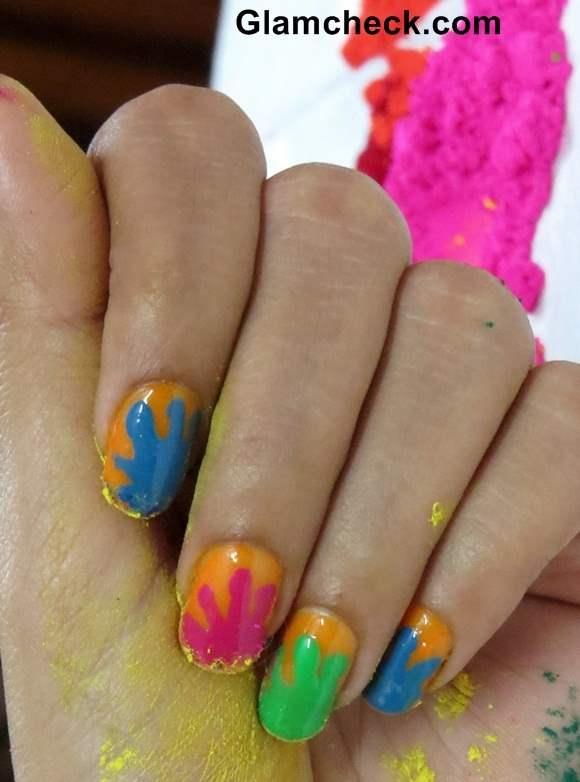 Splatter Nail Art DIY