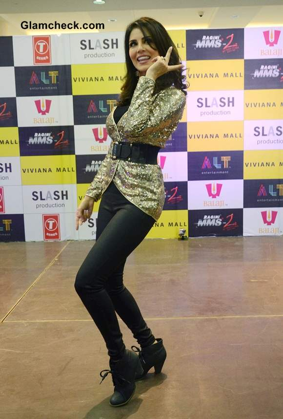 Sunny Leone Sports Rohit Verma outfit at Ragini MMS 2 Promotions in Thane