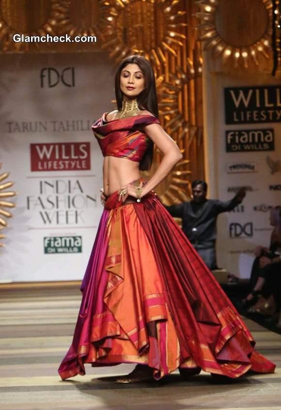 WIFW A-W 2014 Tarun Tahiliani