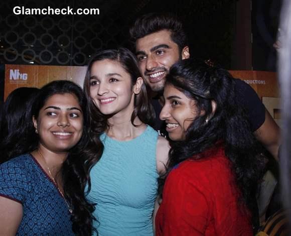 Arjun Kapoor and Alia Bhatt meet fans at theaters