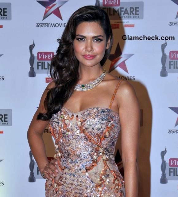 Esha Gupta 2014 First Vivel Filmfare Awards East