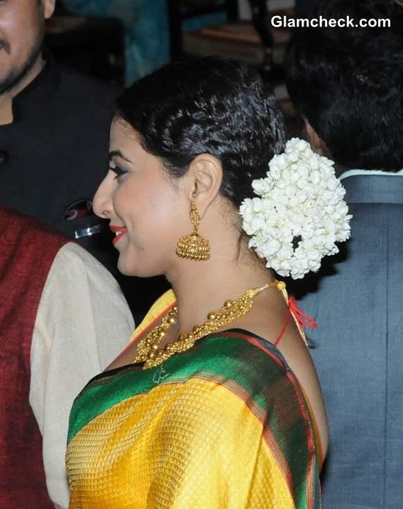 Gajra Hairstyle Vidya Balan 2014