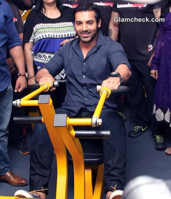 John Abraham Inaugurates Gym in Ahmedabad