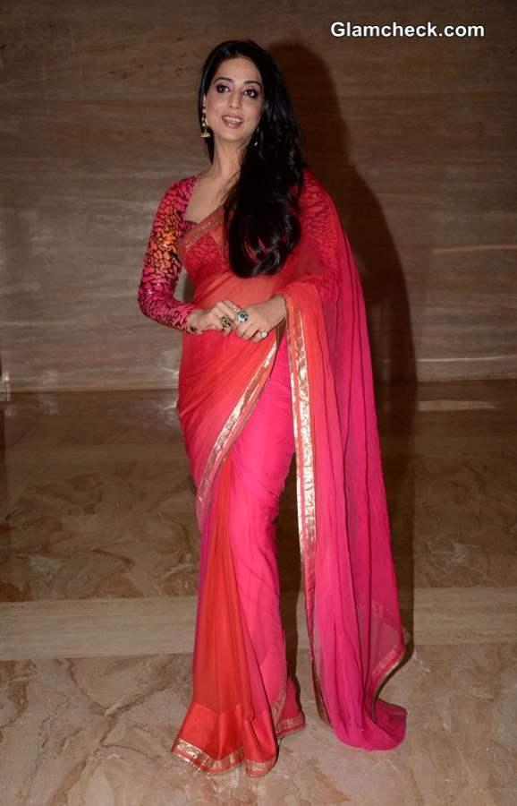 Mahi Gill 2014 Pink Sari at Savvy Magazine Event