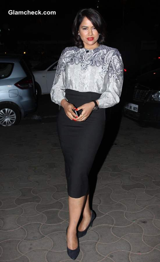 Sameera Reddy Goes Old Hollywood at Anemia Campaign