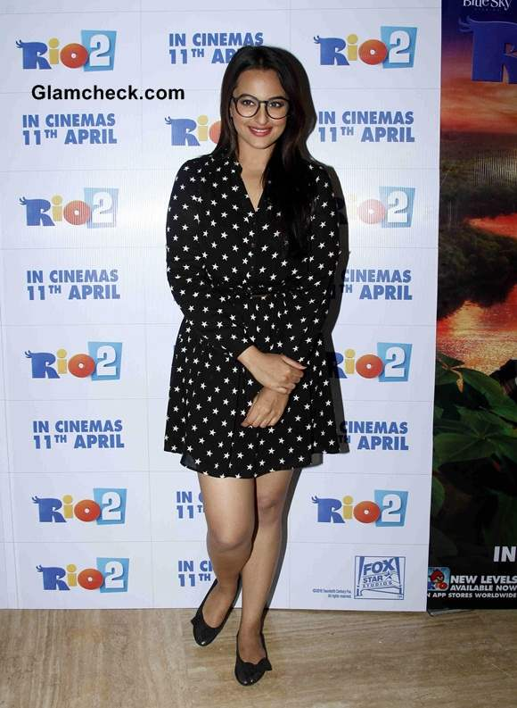 Sonakshi Sinha in Oasis Dress at Rio Special Screening
