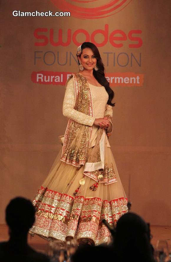 Sonakshi Sinha in Vikram Phadnis Gold Lehenga at Swades Foundation Fashion Show