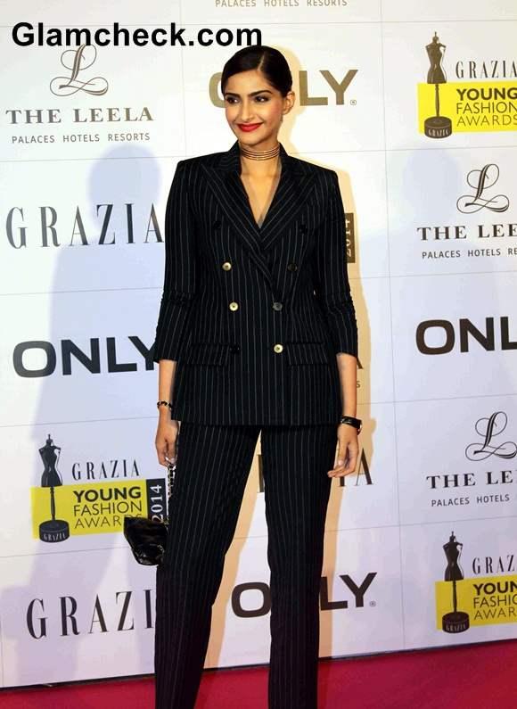 Sonam Kapoor at Grazia Young Fashion Awards 2014