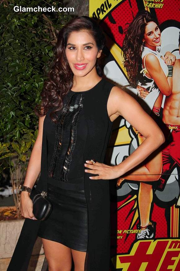 Sophie Choudry  at Ragini MMS 2 and Main Tera Hero Success Party