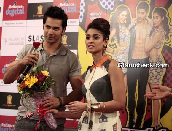 Varun and Ileana Promote Main Tera Hero in Ahmedabad Sans Nargis