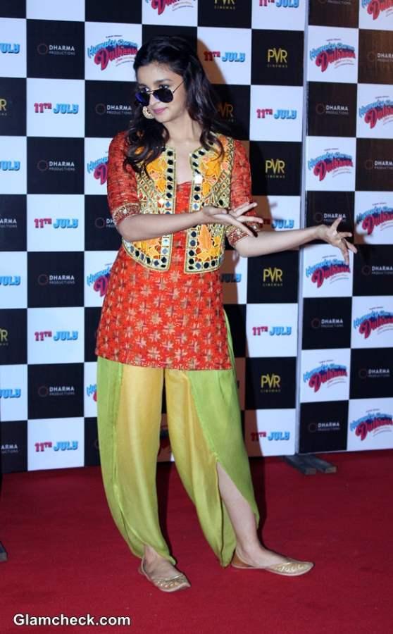 Alia Bhatt 2014 pics in Humpty Sharma Ki Dulhania