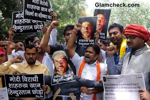 Hindu Sena Activists Protest Shahrukh Khan Alleged Anti-Modi Tweet