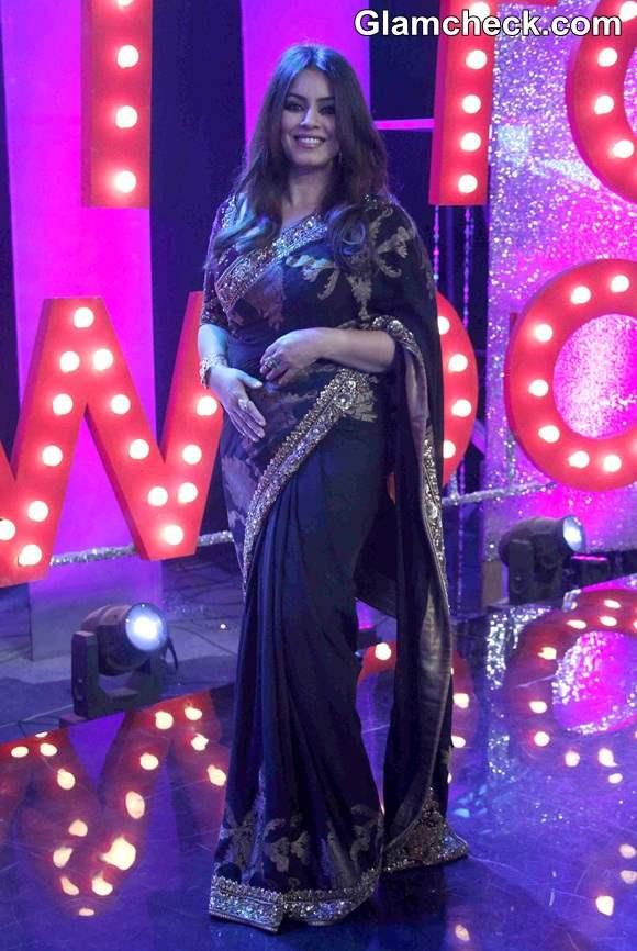 Mahima Chaudhary in Black Sari on NDTV Primes Ticket to Bollywood