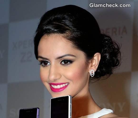 Miss India World 2014 Koyal Rana Launches Sony Xperia Z2 in Delhi