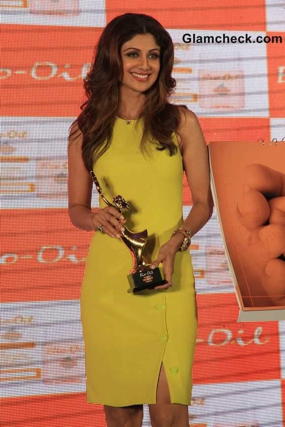 Shilpa Shetty Receives Yummy Mummy Award