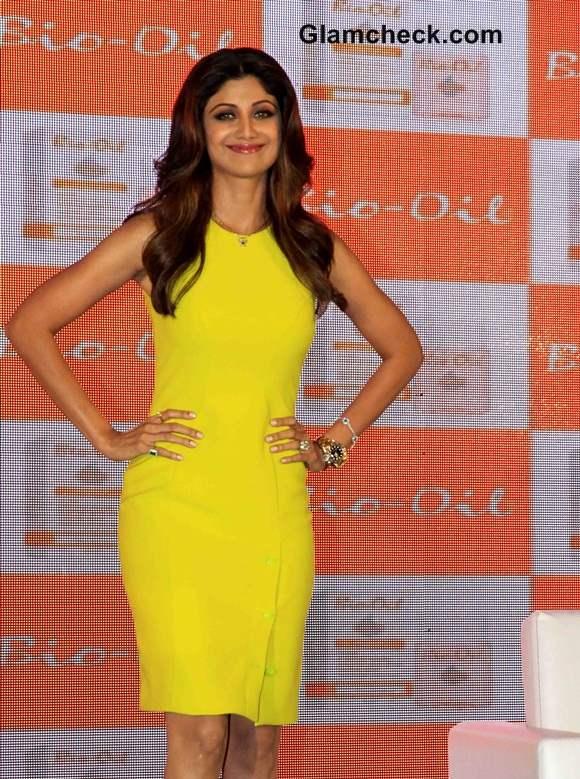 Shilpa Shetty at  Yummy Mummy Award in Versace Dress