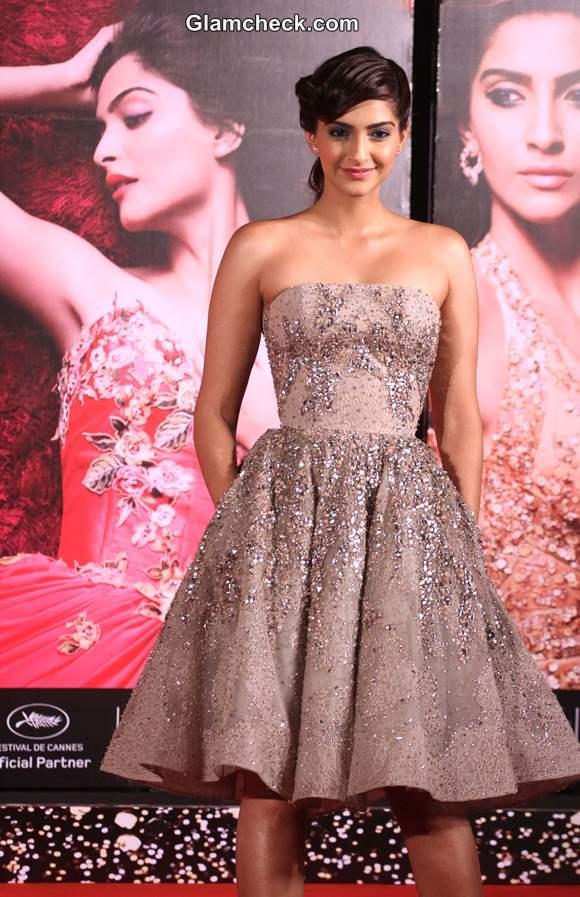 Sonam Kapoor Elie Saab Couture 2014