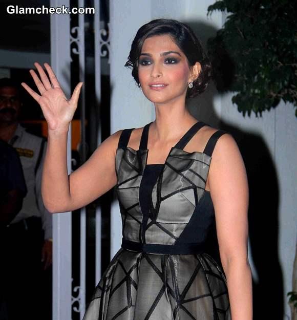 Sonam Kapoor at Karan Johars 42 Birthday Party