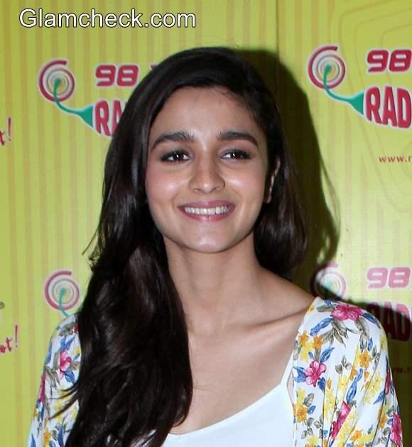 Alia Bhatt at Humpty Sharma Ki Dulhaniya Promo