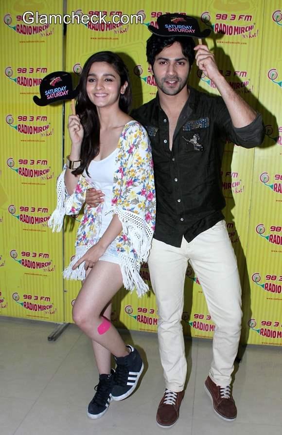 Alia Bhatt in Casual Getup at Humpty Sharma Ki Dulhaniya Promo