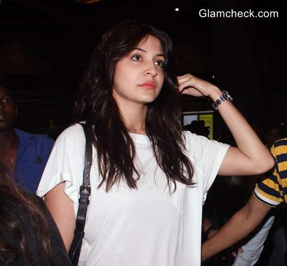 Anushka Sharma Latest Pics 2014