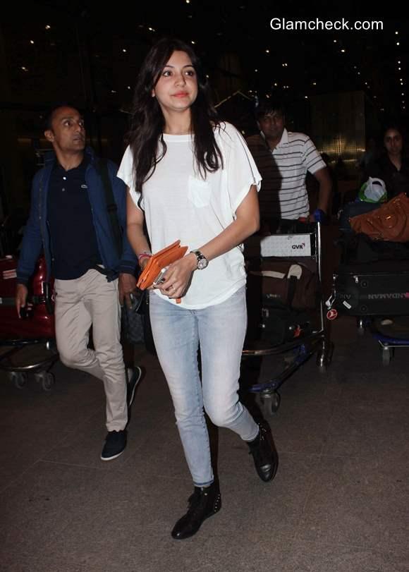 Anushka Sharma in Casual Get-up at Airport
