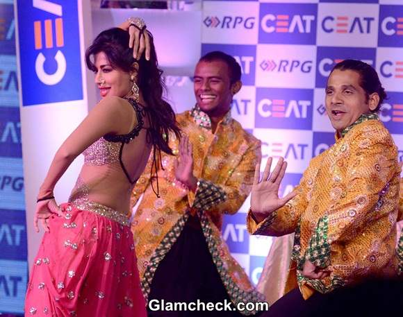 Chitrangada Singhs Performance at CEAT Cricket Ratings Awards 2014