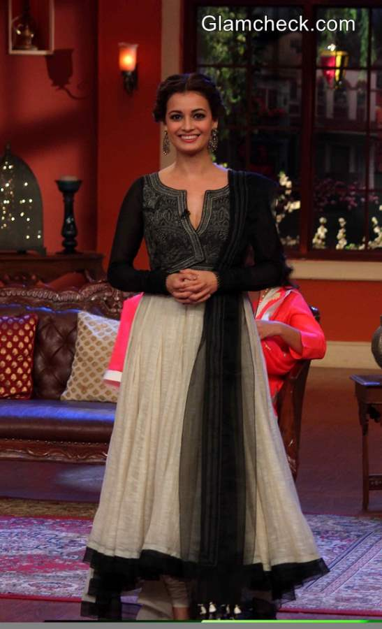 Dia Mirza 2014 on Comedy Nights with Kapil