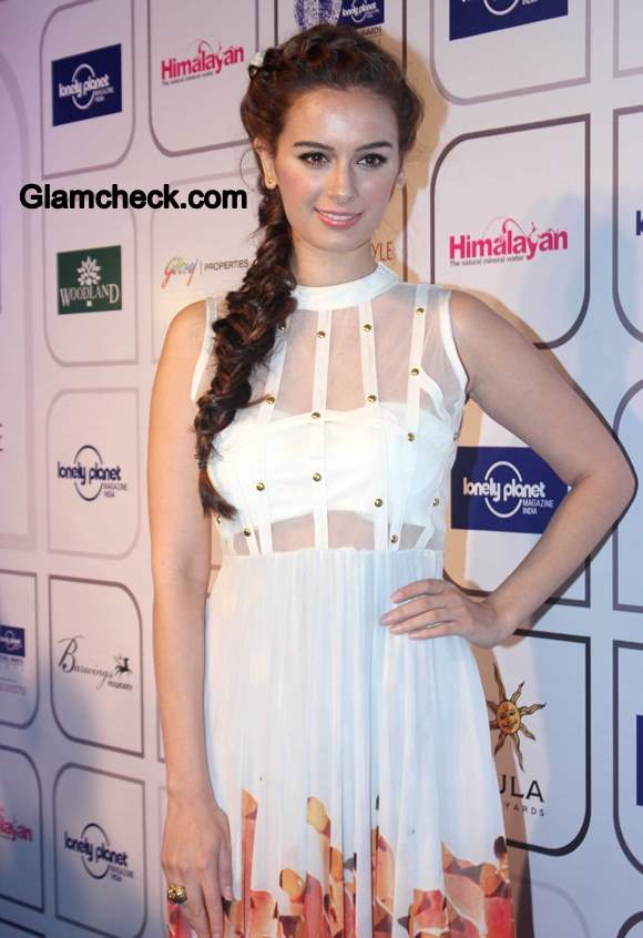 Evelyn Sharma in Farah Sanjana Flamingo Dress at Awards Show