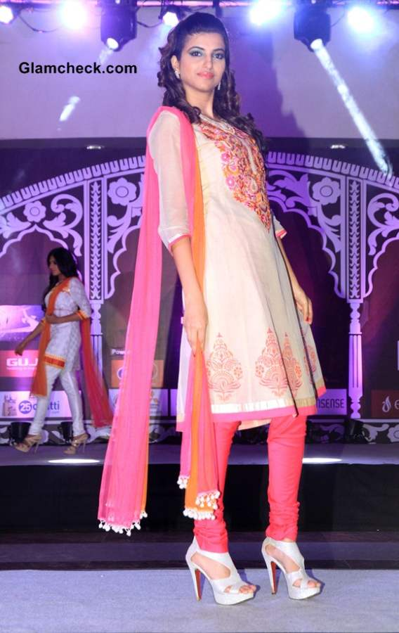 Geetanjali Indian Wedding Couture Show 2014 Pictures