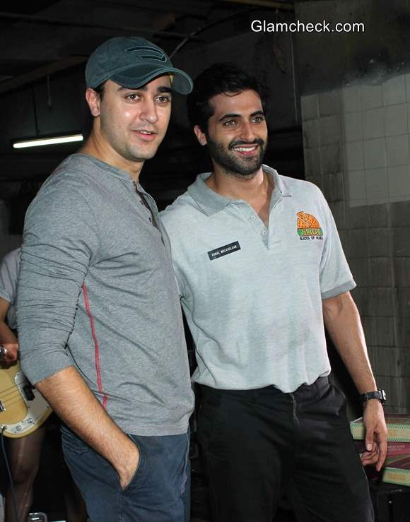 Imran Khan and Akshay Oberoi Shoot for Gimme Pizza Video