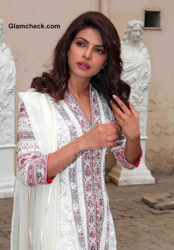 Priyanka Chopra 2014 Traditional Outfit