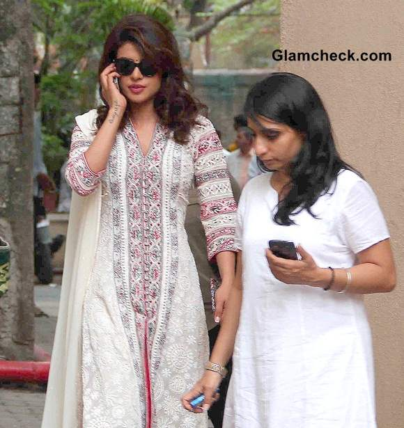 Priyanka Chopra Look for Day Out with NGO Kids