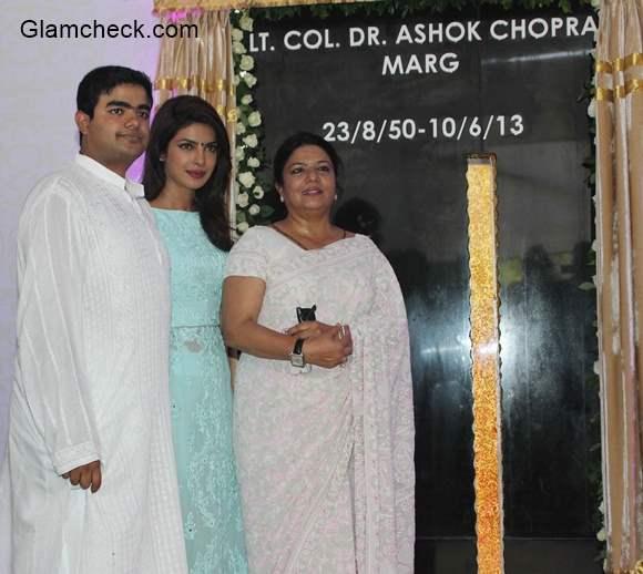 Priyanka Chopra with her mother Madhu Chopra and brother Siddharth Chopra