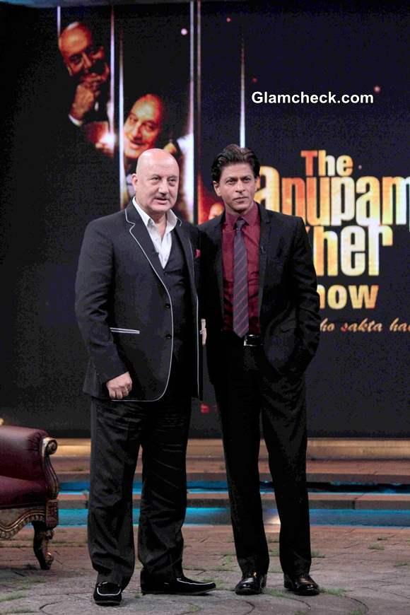 SRK and Anupam Kher Chat it up on Kuch Bhi Ho Sakta Hai