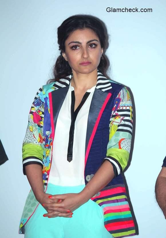 Soha Ali Khan Wears Quirkbox Jacket to Chaarfutiya Chhokare Promo