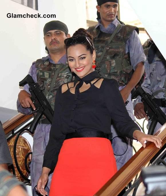 Sonakshi Sinha Oozes Casual Elegance at Holiday Press Meet