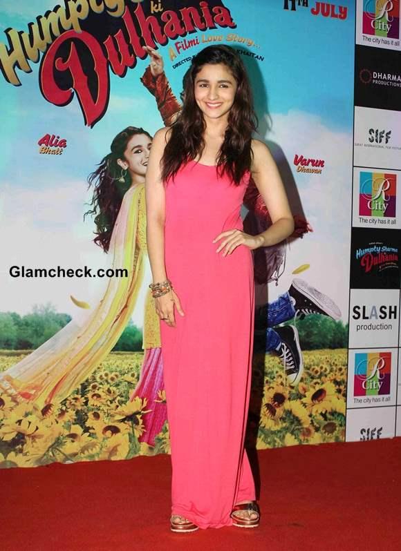 Alia Bhatt in Coral Maxi at Humpty Sharma Ki Dulhania Promo