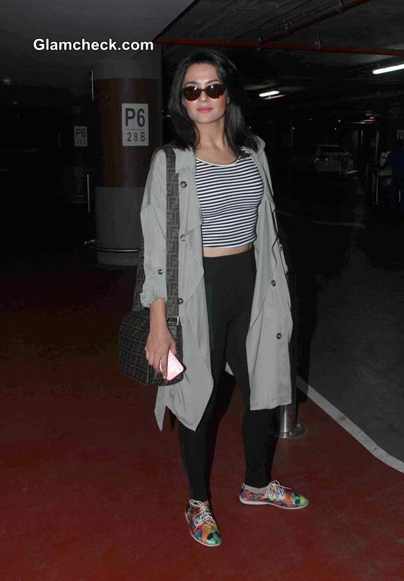Celebrity Airport Style 2014 Surveen Chawla