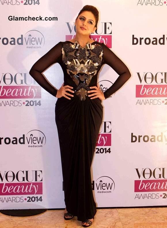 Huma Qureshi 2014 at Vogue Beauty Awards