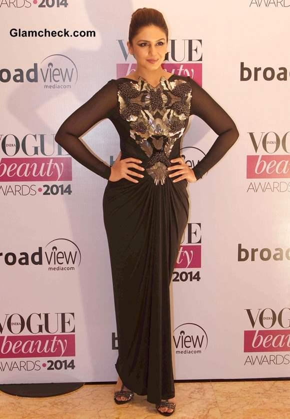 Huma Qureshi in Amit Agarwal at Vogue Beauty Awards 2014