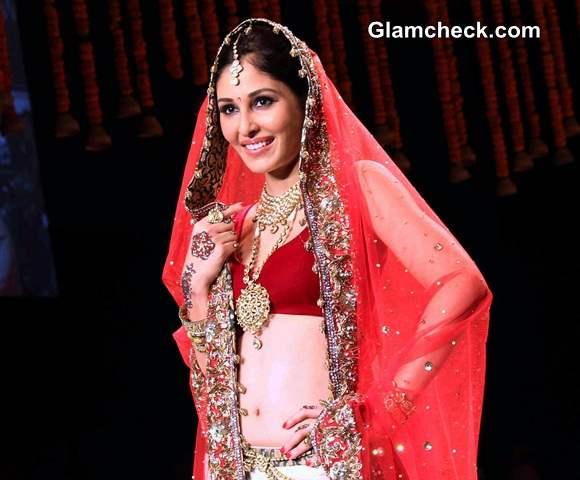 IIJW 2014 Pooja Chopra