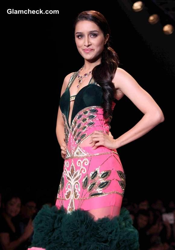 IIJW 2014 Shraddha Kapoor for Gitanjali Jewellers