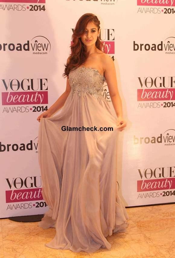 Ileana D Cruz In Kommal Sood At Vogue Beauty Awards 2014