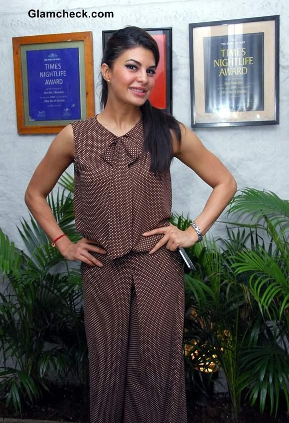 Jacqueline Fernandez Casual Styling 2014