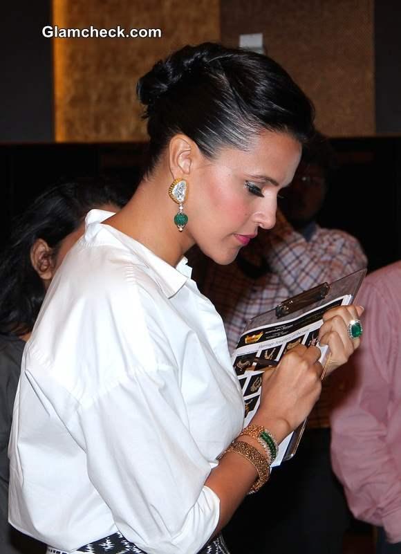 Neha Dhupia Sports In Express at Jewellery Awards Show pics