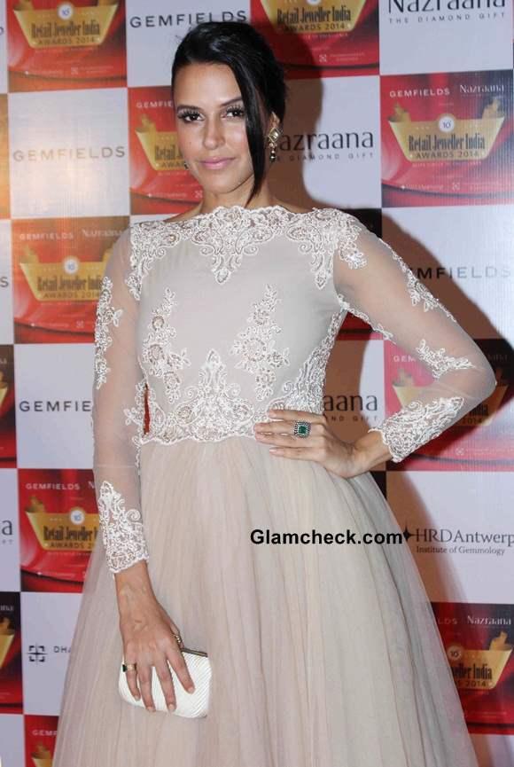 Neha Dhupia at Jeweller Awards 2014