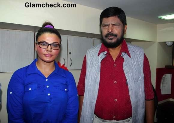 Rakhi Sawant Inaugurates Republican Party of Indias New Office in Mumbai