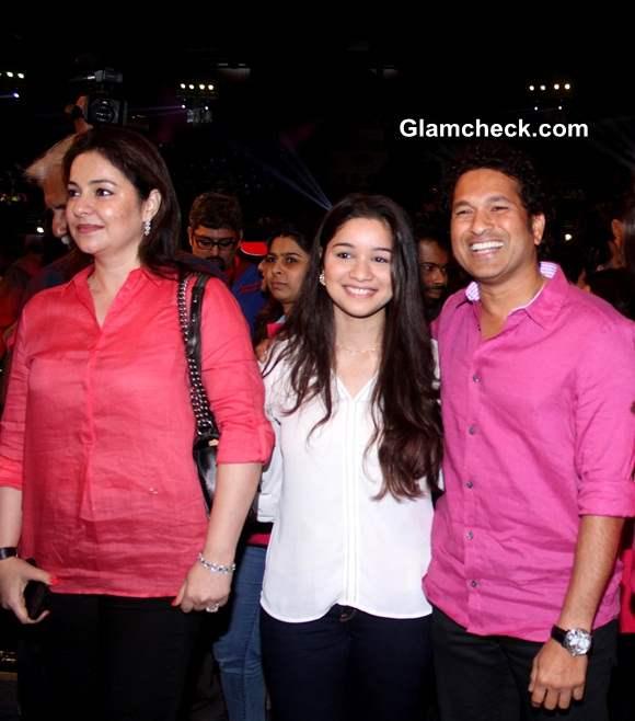 Sachin Tendulkar with wife Anjali and daughter Sara