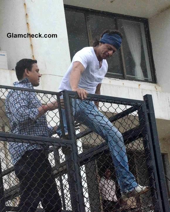 Shahrukh Khan at Eid al-Fitr 2014 Celebrations